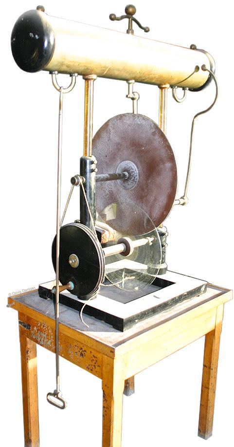 Machine électrostatique de Carré